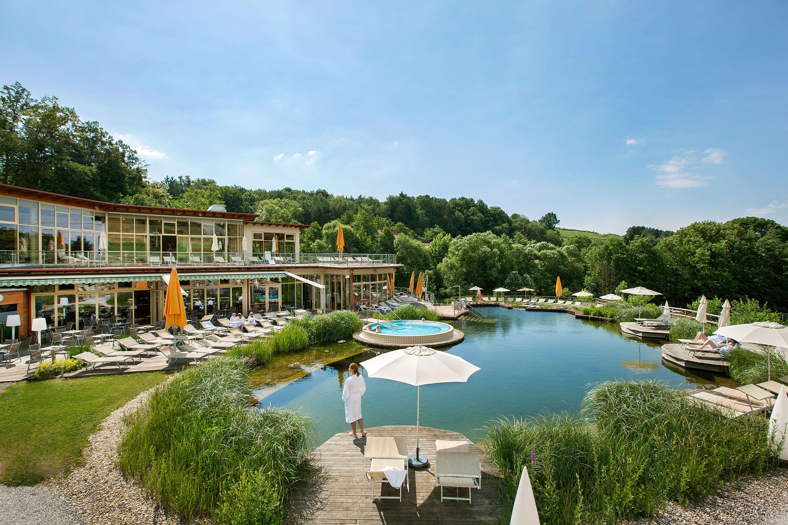 Quellenoase - Therme nur für Gäste des Quellenhotels Bad Waltersdorf